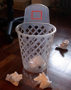 10 Alternate Uses for the Office Dustbin (2/4)